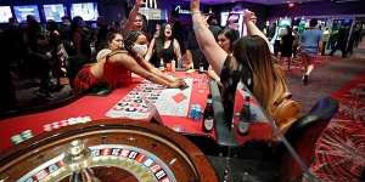Online Gambling Has Lot To Offer In Quick Time